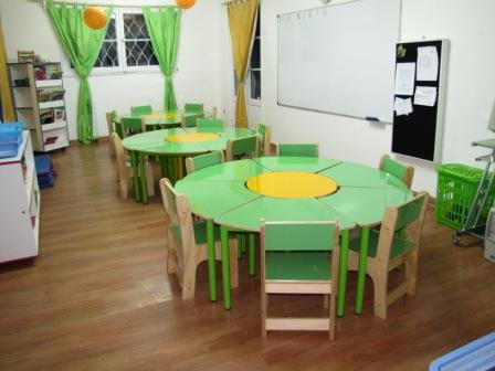 Nuevo mobiliario jardin infantil colegio francisco de for Mobiliario de jardin de madera